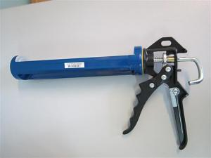 CA Caulking Gun Pro Dripless Blue